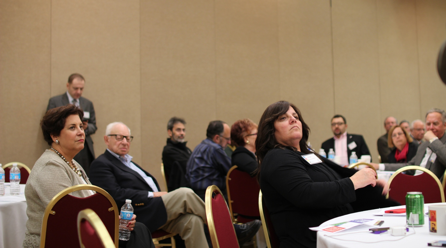 Attendees listen to Zionist thinkers